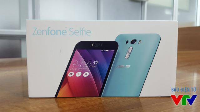 Nguyên hộp của Zenfone Selfie phiên bản màu xanh bạc hà