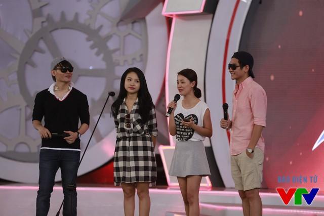 Hai MC quen thuộc là Hồng Phúc và Vân Hugo sẽ phối hợp cùng MC Công Tố và MC Quỳnh Chi dẫn dắt chương trình