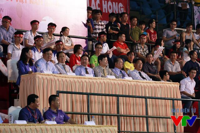 Các vị đại biểu có mặt tại buổi lễ Khai mạc