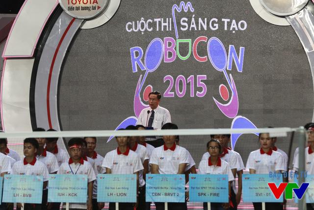 Ông Lê Văn Tâm - Phó Chủ tịch Thường trực UBND thành phố Cần Thơ - đại diện cho đơn vị chủ nhà