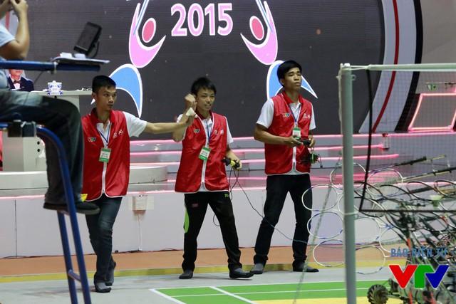 Đội tuyển FR1 của trường Đại học Sư phạm Kỹ thuật Hưng Yên dẫn đầu bảng C với 3 trận toàn thắng