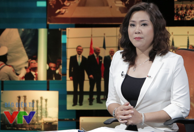 Và BTV Hương Linh đảm nhận vai trò dẫn chương trình
