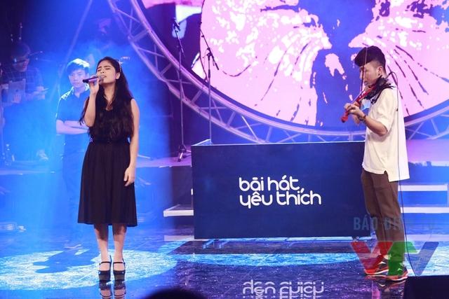 Kiều Anh cũng xuất hiện trong liveshow tháng 10 với ca khúc Độc ẩm