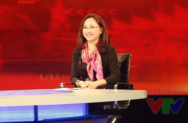 BTV Xuân Dung - gương mặt quen thuộc trong chương trình Sự kiện & Bình luận của Ban Thời sự, Đài THVN.