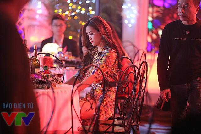 Trong Gặp gỡ VTV 2015, Đông Nhi sẽ xuất hiện cùng Trọng Hiếu và Thu Hằng. Đây là hai gương mặt thành công tại 2 chương trình tìm kiếm tài năng là Vietnam Idol 2015 và Sao Mai 2015.