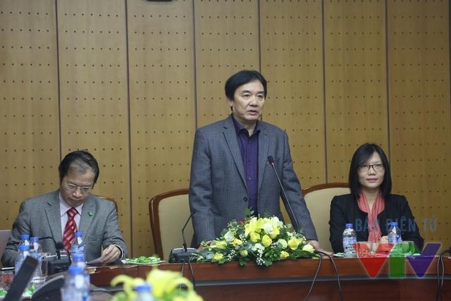 Nhà báo Phạm Việt Tiến - Phó Tổng Giám đốc Đài THVN chia sẻ về kênh Truyền hình Giáo dục Quốc gia VTV7 (Ảnh: DLNA)