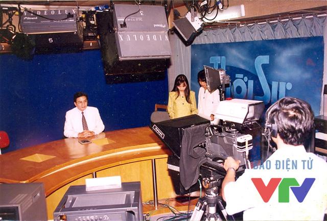 Nghệ sĩ ưu tú Minh Trí tại trường quay chuyên mục Khán giả VTV4