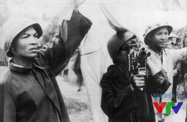 Phóng viên xưởng phim vô tuyến truyền hình trên đất lửa Quảng Bình năm 1968
