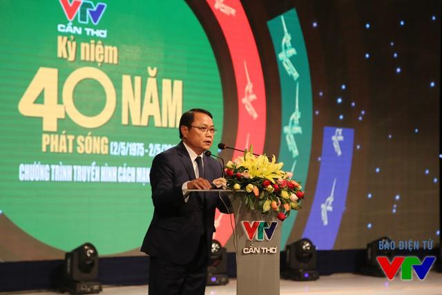 Nhà báo Phạm Phi Thường - Giám đốc VTV Cần Thơ phát biểu đáp từ