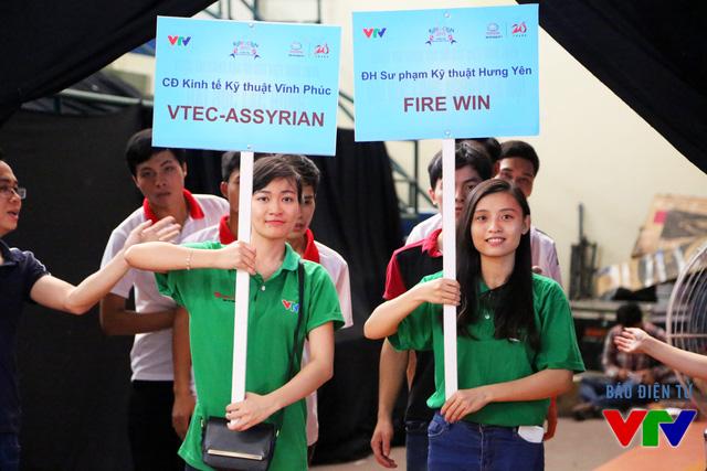 Những cái tên có mặt trong vòng Tứ kết Robocon Việt Nam 2015