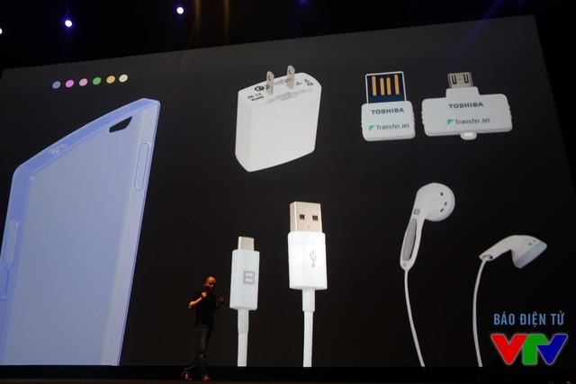 Người dùng có thể đặt mua BPhone cùng các phụ kiện của máy