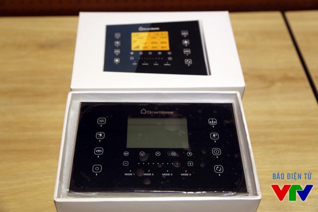 Một số thiết bị thông minh được trưng bày trong phòng trải nghiệm