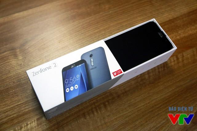 Mở hộp Zenfone 2