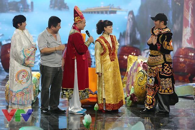 Năm nay ca sĩ Minh Quân sẽ đảm nhận vai trò nào trong Gặp nhau cuối năm?
