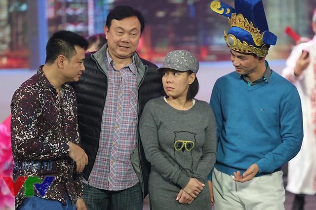 Diễn viên Tự Long, Chí Tài, Việt Hương và Xuân Bắc.