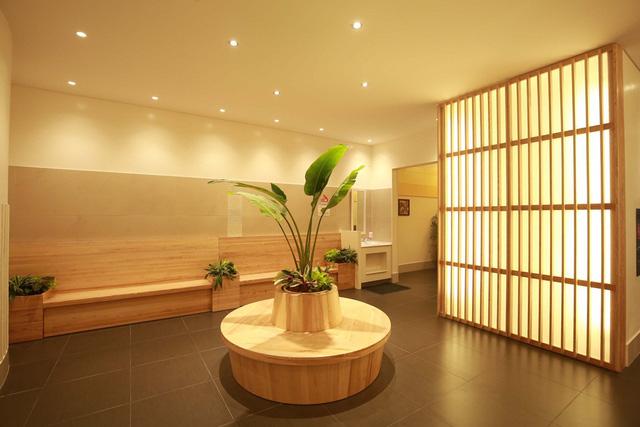 Nhiều người dân ấn tượng với nhà WC chuẩn 5 sao xây theo phong cách Nhật đầy đủ tiện nghi tại AEON Mall Long Biên