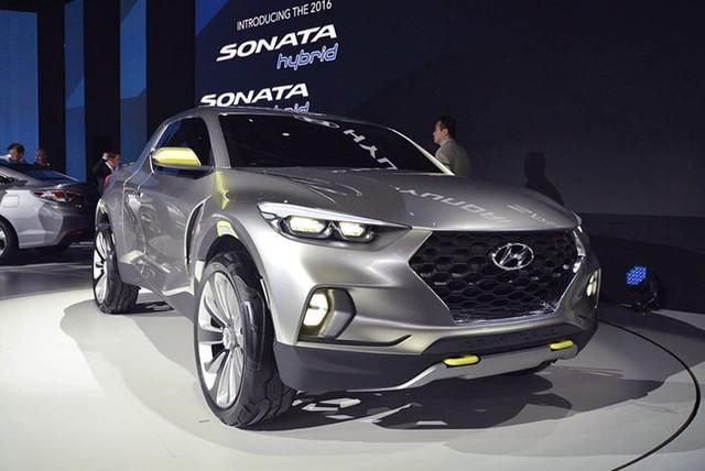 Huyndai đem tới triển lãm NAIAS 2015 chiếc xe bán tải thể thao Santa Cruz