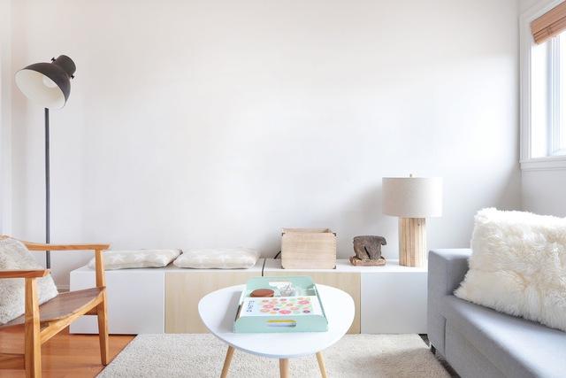 Bạn đã cảm thấy nhàm với những bức tường đơn sắc tẻ nhạt, thiếu sinh động như thế này?