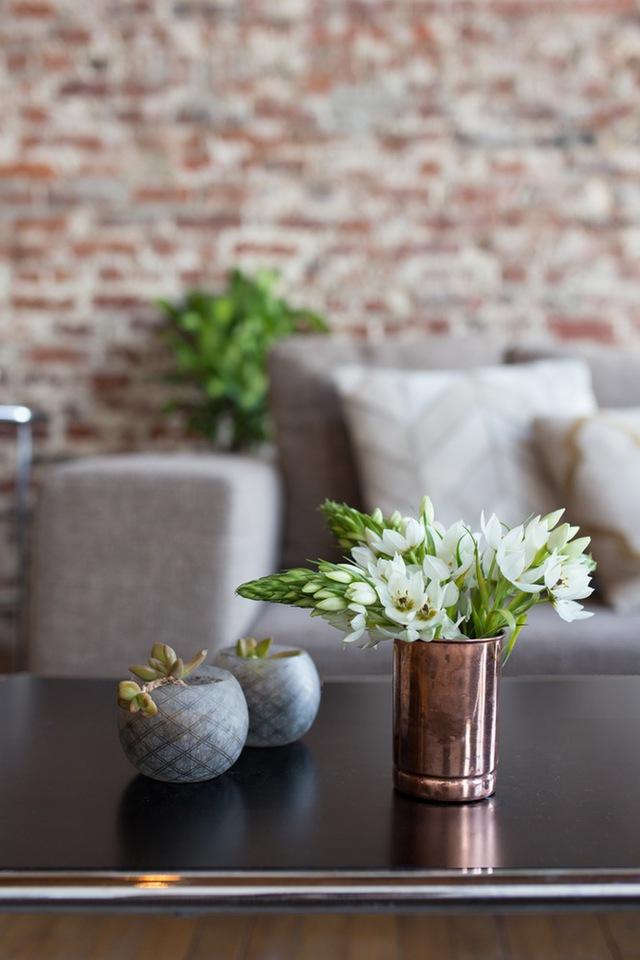 Ngoài ra, không gian xanh cũng rất được chủ nhân chú trọng tạo điểm nhấn cho ngôi nhà.