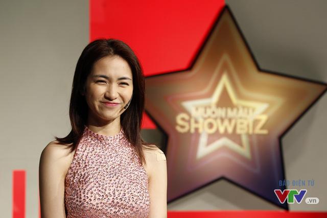 Trong chương trình tuần này, Hòa Minzy sẽ phải tranh luận với MC Phí Linh để bảo vệ luận điểm của cô trước chủ đề Nghệ sĩ trẻ dựa hơi người nổi tiếng