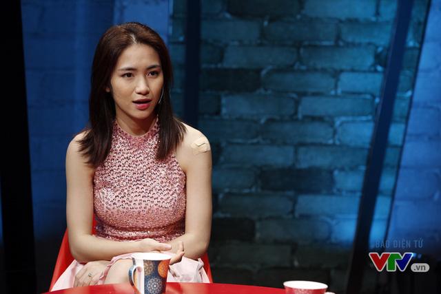 Cùng đón xem những chia sẻ thú vị của Hòa Minzy trong chương trình Muôn màu Showbiz phát sóng 20h45 ngày 12/6 trên kênh VTV9 nhé!