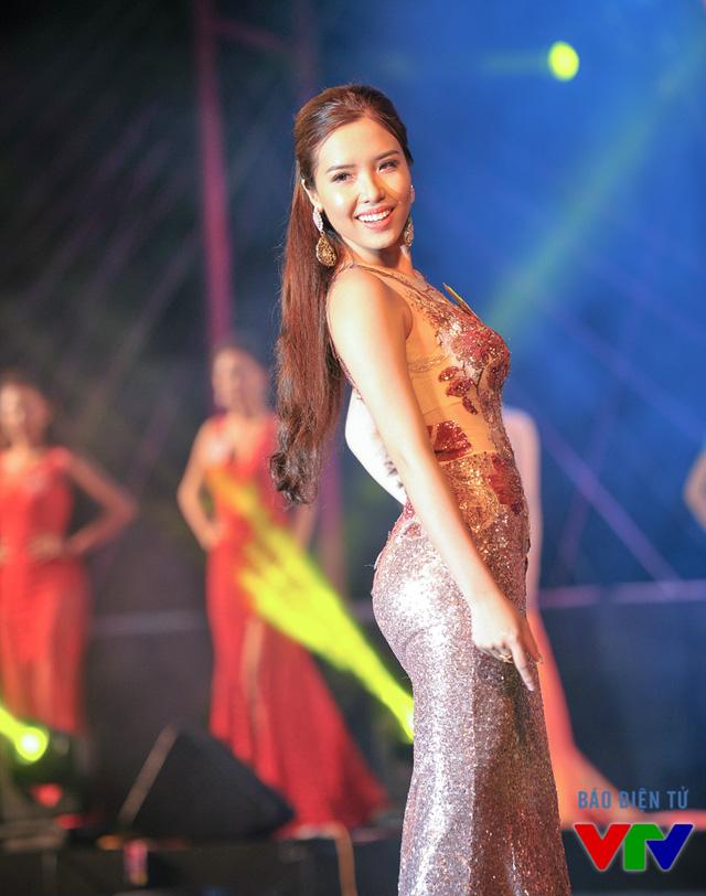 Nguyễn Đình Khánh Phương sinh năm 1995, đến từ Nha Trang
