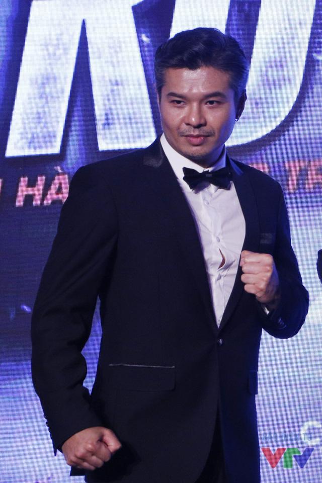 Nam diễn viên mang hai dòng máu Việt - Lào Lamou Vissay thủ vai Lộc Sói trong Truy sát. Trong phim, Lộc Sói là một tay trùm buôn ma túy khét tiếng, không từ mọi thủ đoạn, từ tra tấn đến ám sát để trừ khử mọi mối đe dọa liên quan đến công việc làm ăn của mình.