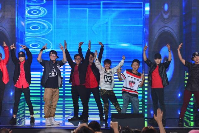 PB Nation náo loạn sân khấu với những ca khúc hit của Bài hát Việt.