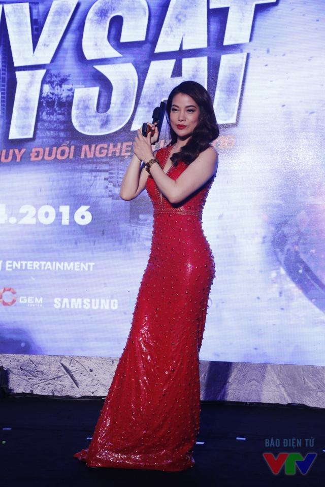 Vóc dáng nuột nà của bà trùm Hương Ga khiến nhiều phụ nữ không khỏi ghen tị.