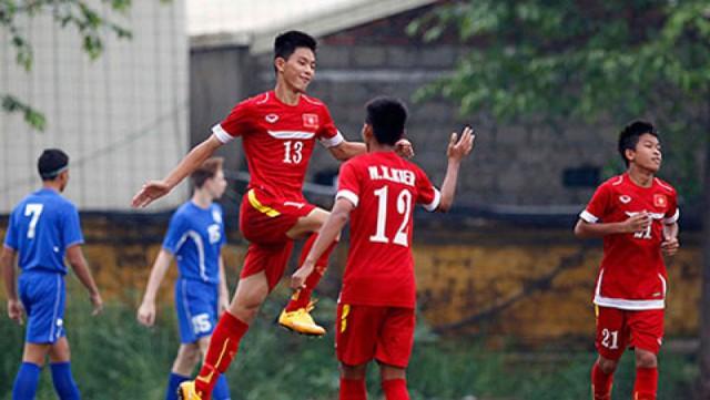Các cầu thủ U16 Việt Nam đang thi đấu ấn tượng tại giải đấu năm nay