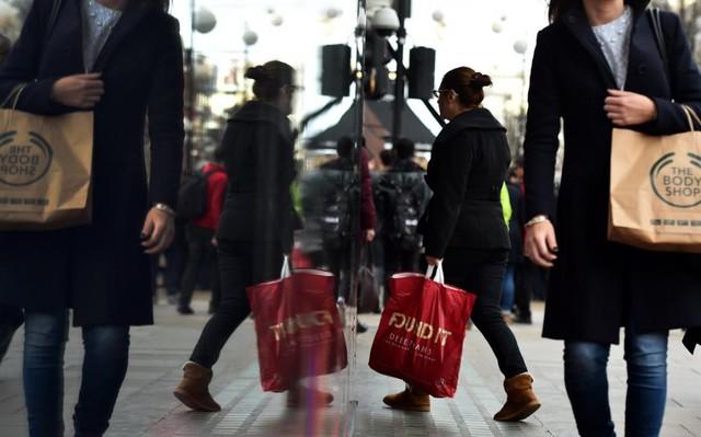 Doanh số bán lẻ tại Anh trong tháng 7 đã tăng trở lại ở mức 1,4% (Ảnh: Telegraph)