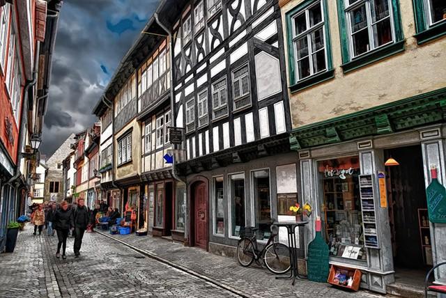 Vùng ngoại ô nước Đức với kiến trúc độc đáo gồm những căn nhà nhỏ nằm liền kề nhau.