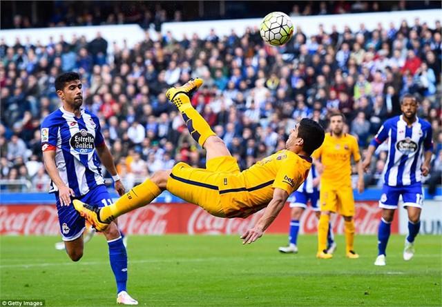 Suarez là cầu thủ đầu tiên trong thế kỉ 21 ghi dấu ấn trong 7 bàn thắng 1 trận tại La Liga