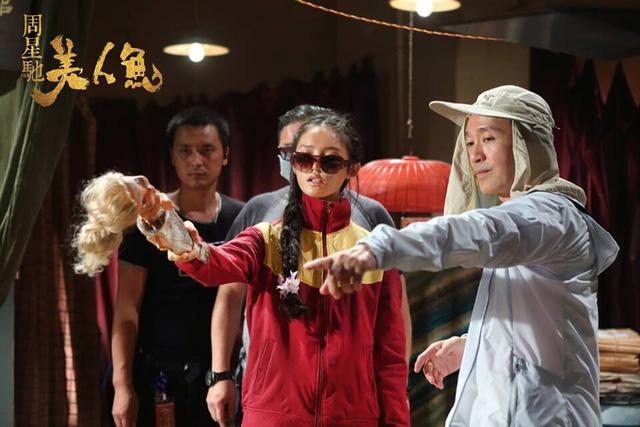 Nữ diễn viên trẻ Lâm Doãn dưới chỉ đạo diễn xuất của Châu Tinh Trì