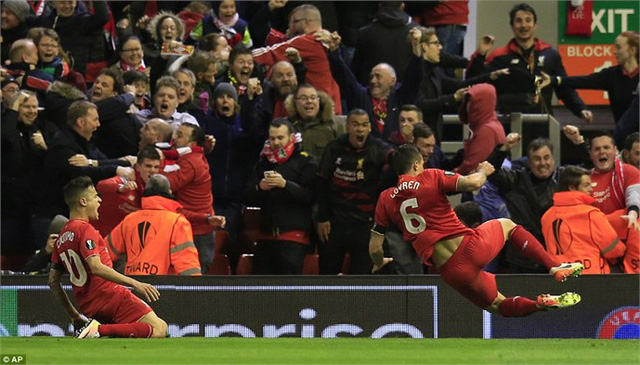 Liverpool đang khiến NHM hồi tưởng lại những đêm huyền thoại tại cúp châu Âu