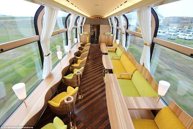 Nhật Bản là một trong những quốc gia có cảnh quan đẹp nhất thế giới. Vì vậy, thật phí phạm nếu như phải di chuyển trên những chuyến tàu hỏa kín mít. Đó là lý do hãng xe lửa Ichibansen cho ra đời thiết kế tàu hỏa trong suốt đầu tiên ở Nhật.