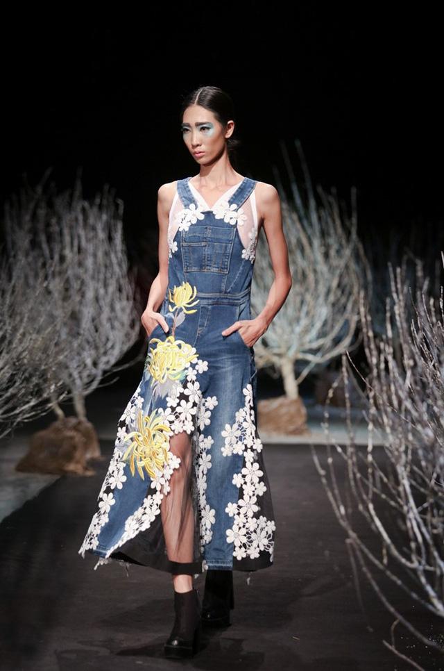 Minh Hạnhlà một trong những nhà thiết kế Việt gắn bó sâu sắc nhất với tà áo dài truyền thống. Chị cũng là người có đóng góp lớn trong việc giới thiệu trang phục áo dài đến bạn bè quốc tế. Tuy nhiên, bên cạnh việc phát huy những giá trị truyền thống, Minh Hạnh cũng ra mắt nhiều bộ sưu tập phong cách trẻ, hiện đại.