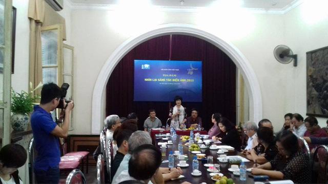 Toàn cảnh buổi tọa đàm diễn ra sáng 21/4 tại VP Hội Điện ảnh Việt Nam. Ảnh: Hoàng Minh.