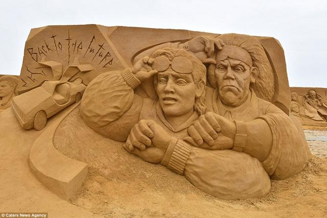 Vừa qua,Liên hoan nghệ thuật điêu khắc cát lần thứ 19 đã được tổ chức tại Ostend, Bỉ, thu hút hơn 40 nghệ sĩ đến từ 12 quốc gia khác nhau.