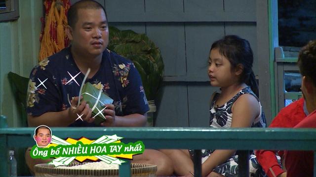 """Bố Minh Khang thay mặt các bố con còn lại cảm ơn mọi người vì thời gian qua mặc dù đã """"phá"""" tung nơi này nhưng mọi người vẫn giúp đỡ rất tận tình."""