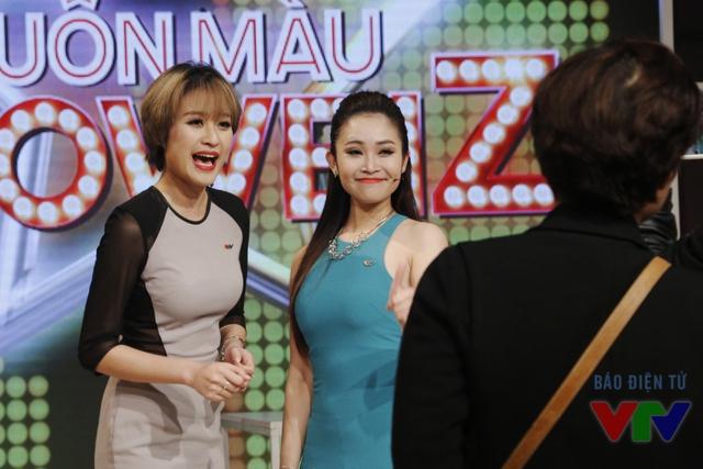 Là hai MC vô cùng xinh đẹp và tài năng của VTV, Phí Linh và Thùy Linh gây ấn tượng bởi lối dẫn chương trình nhẹ nhàng, tinh tế và chất giọng ngọt ngào, truyền cảm.