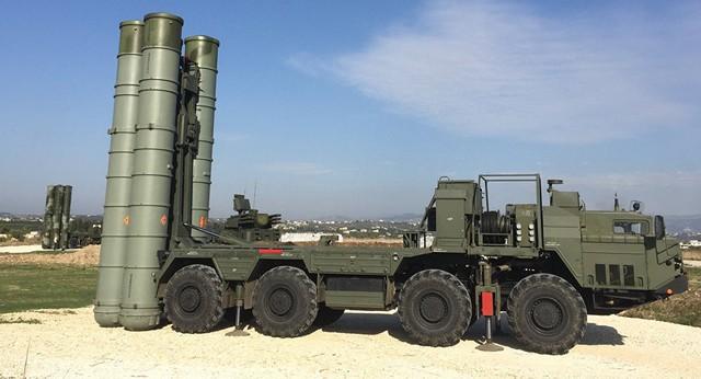 Tổ hợp tên lửa S400 của Nga (Ảnh: Sputniknews)