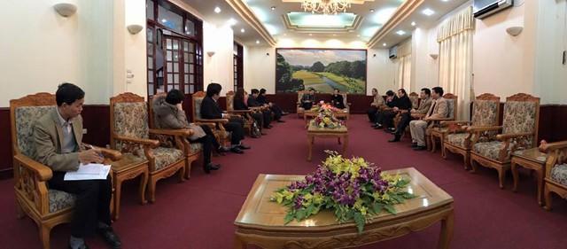 Đại diện Đài Truyền hình Việt Nam gặp mặt lãnh đạo tỉnh Ninh Bình để trao đổi về công tác tổ chức vòng chung kết Robocon Việt Nam 2016 (Ảnh: Lưu Ngọc Ánh)