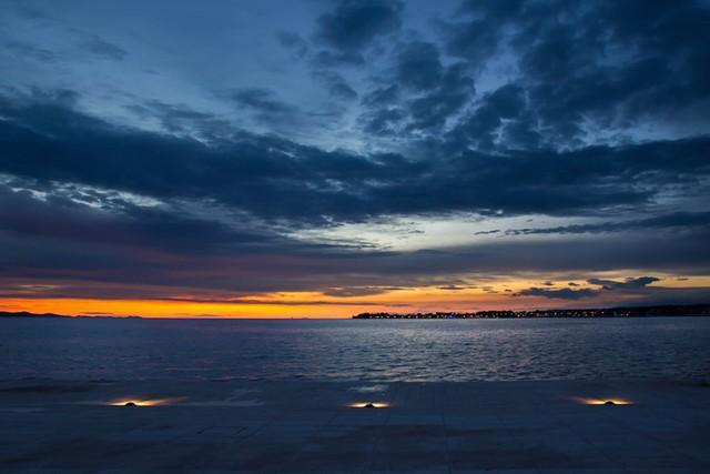 Zadar, Croatia: Khung cảnh hoàng hôn ở Zadar khiến bất cứ ai cũng muốn được trải nghiệm một lần trong đời.