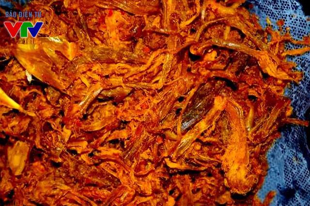 Thịt bò khô xé sợi thường được nhiều người đặt làm tại những địa chỉ tin tưởng thay vì mua ngoài các cửa hàng