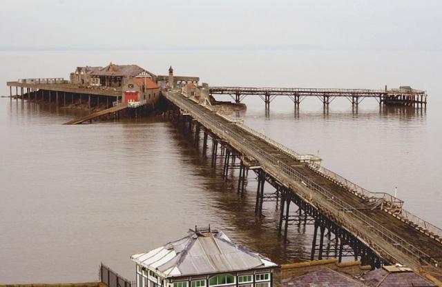 Là bến tàu duy nhất ở Anh nối liền với một hòn đảo - đảo Birnbeck.