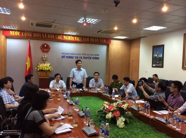 Buổi họp báo thông tin về vụ việc tàu du lịch hạng sang bốc cháy tại bến Tuần Châu đã diễn ra ngay tối 6/5