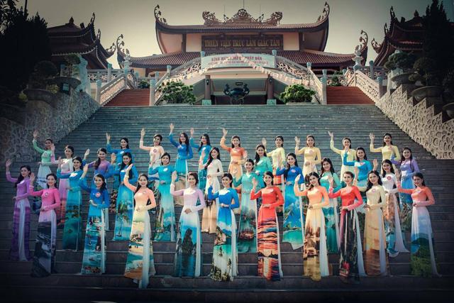 Quanh Tuần Châu có vô số cảnh đẹp phù hợp với cuộc thi và gắn liền với thông điệp biển đảo