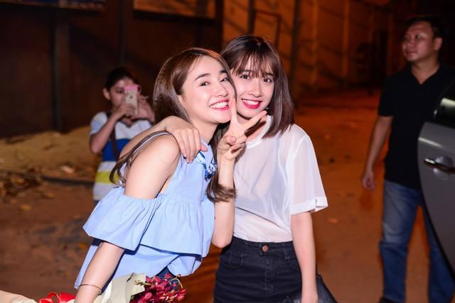 Nhã Phương và em gái Phương Anh