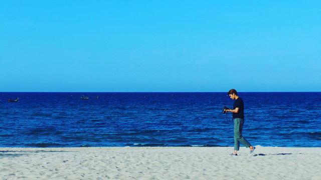 Hình ảnh Kang Tae Oh khi quay tại Quảng Ninh và Đà Nẵng.